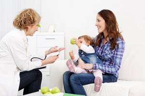 Los niños a menudo muestran un empeoramiento de los síntomas del autismo entre 1 y 2 años de edad, por lo que es difícil evaluar la eficacia de las intervenciones en este grupo de edad